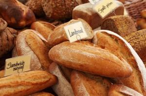 pane con etichette sopra